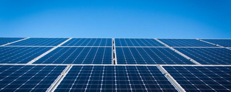 Energia solar é alternativa de economia para condomínios