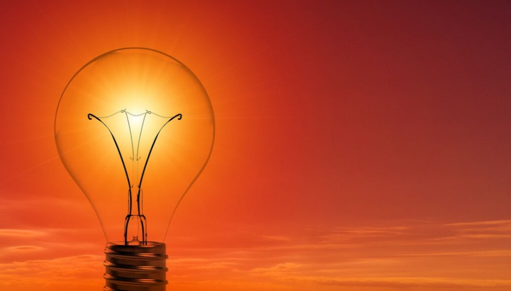 Verão e energia solar: mais economia ainda
