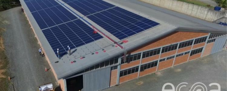 Os 5 benefícios da energia solar para sua empresa