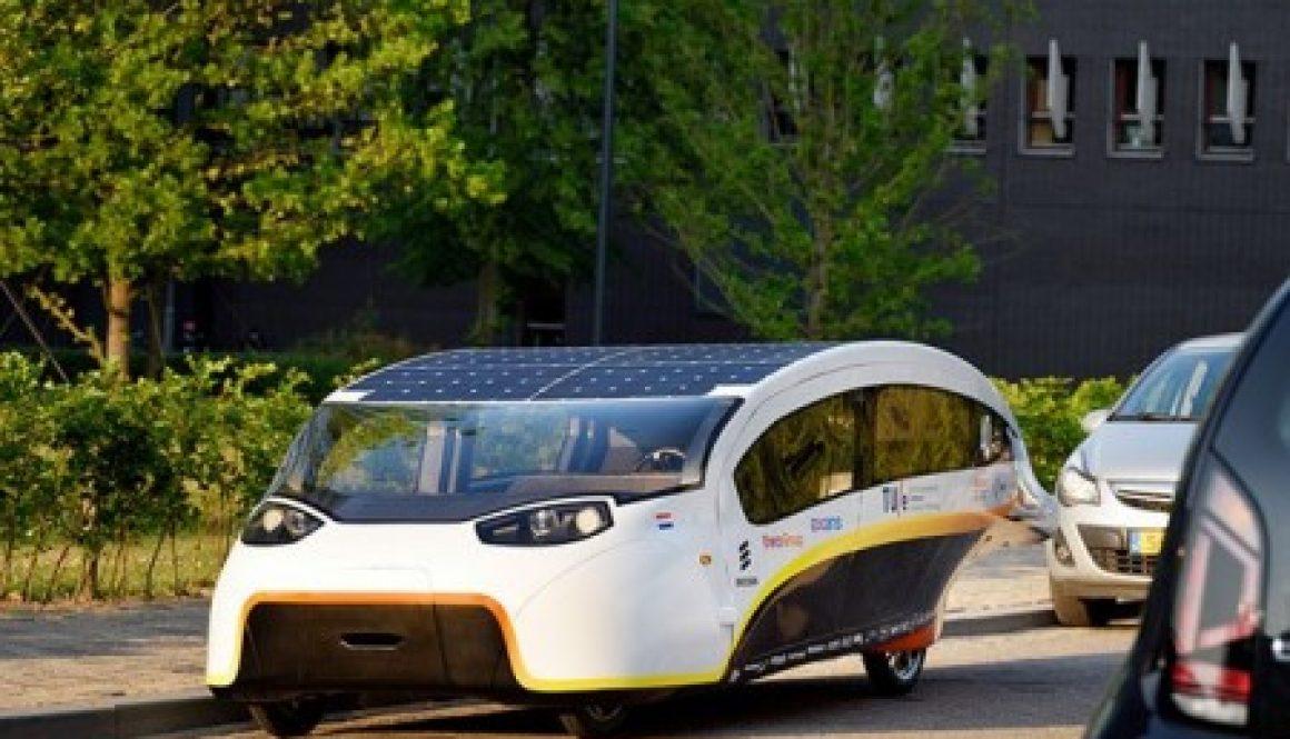 carro movido energia solar