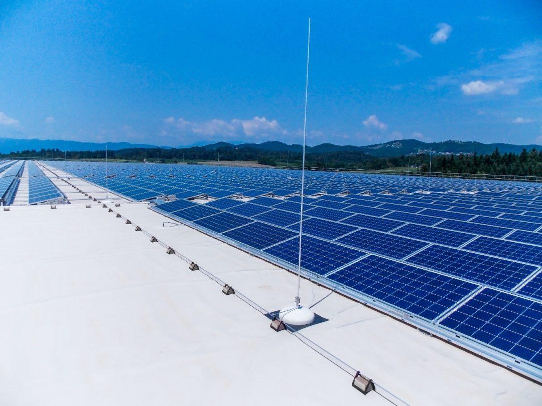 para-raio sistema solar fotovoltaico